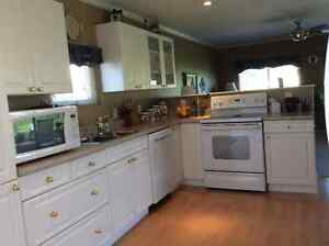 For Sale Palm Springs Golf Course Mobile Home Revelstoke British Columbia image 7