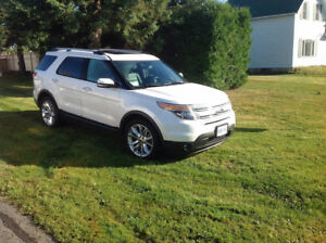 LOADED 2011 Ford Explorer Limited *NEW PRICE*