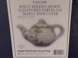 Christmas, franz holly berry, new in boxes London Ontario image 6