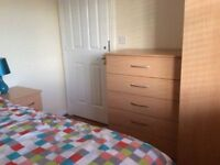FLEXIBLE TERMS / CHEAP ROOM + LOW DEPOSIT + ALL BILLS INCLUDED