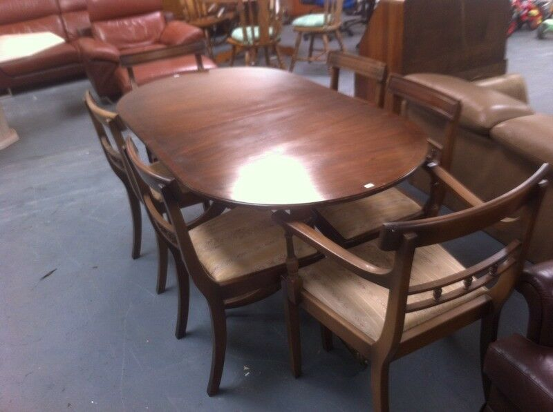 Regency dining table + 6 Chairs : free Glasgow delivery