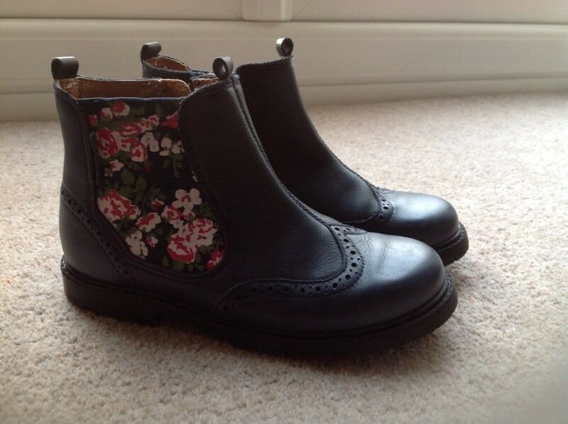 Girls Startrite boots size 11 1/2 F worn once