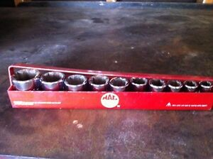 Mac Tools 11 piece 8 point socket set