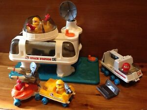 Vintage Space Station play set Playmates Windsor Region Ontario image 1