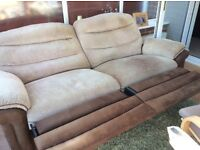 DFS recliner sofa 3+1 in good condition smoke& pet free home