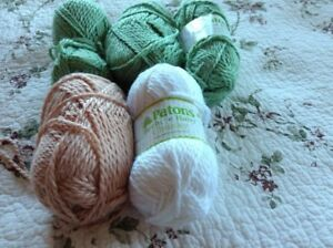 5 almost complete skeins of Bulky yarn