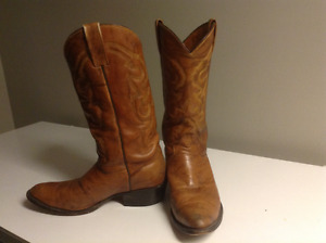 MENS HAND TOOLED LEATHER COYBOY BOOTS