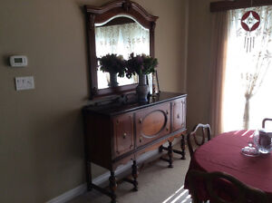 ANTIQUE CONSOLE SIDEBOARD - CABINET, A COLONIAL STYLE Kitchener / Waterloo Kitchener Area image 2