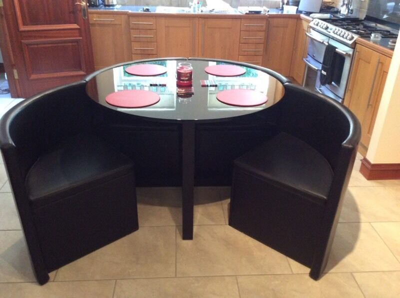 Next Round Table Modular With 4 Concealed Chairs