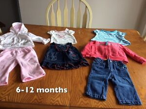 Tons of clothes 6-12 months