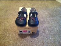 Start rite Navy shoes size 5G never worn & boxed