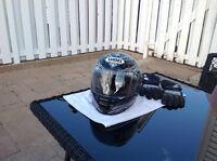 Casque de moto Shoei RF1100 et gants