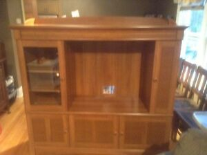 Entertainment Cabinet Sarnia Sarnia Area image 1