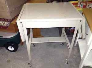 Metal rolling table for sale