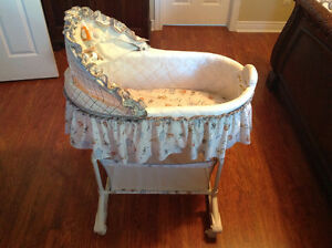 Simplicity Safari themed bassinet