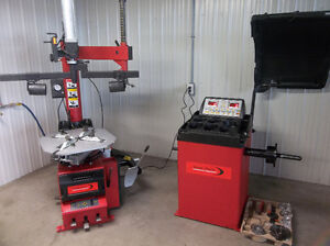 Machine a pneus / Machine a balancer / Lift garage NEUF*GARANTIE