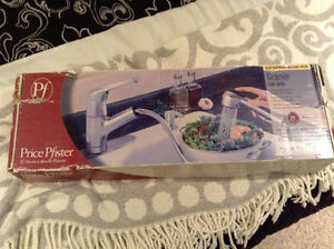 Price PFister Kitchen Pull Out Faucet