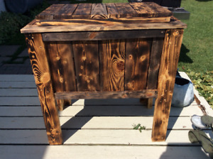Wood chest cooler stand