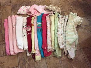 Lot vêtements bébé fille 0-12 mois