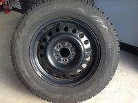 4 pneus d'hiver Toyo avec rims 245/65/R17!!!