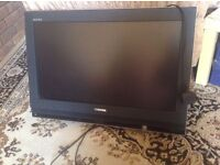 """Toshiba TV lcd 26""""inch faulty need repair without remote £10"""