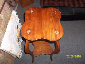 Antique solid oak plant stand-very ornate Kitchener / Waterloo Kitchener Area image 2