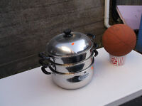 Stainless steel steamer with see through lid; 2 layers