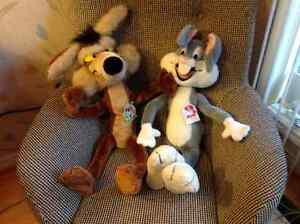 Bugs Bunny and Willy Coyote - Official Licensed Product London Ontario image 1