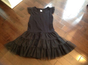 OLD NAVY - GIRLS DRESS - SIZE 5T