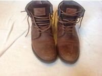 River island men's leather boots size: 7 used £4