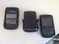BLACKBERRY BOLD 9780 With 2 otterbox cases