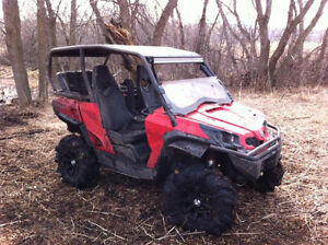 Can-am Commander 1000 xt 4 seater LOTS of extras