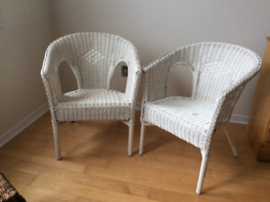 Wicker chairs and stool