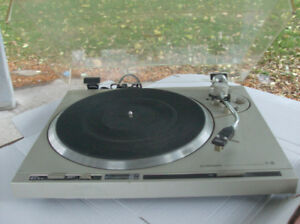 Pioneer PL-200 direct drive turntable with Grado cartridge