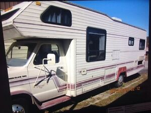 27 Ft Ford Royal Motor Home