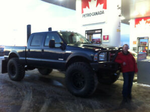 "2005 Ford F350 XLT Super Duty Diesel V8 ""Monster Truck"""