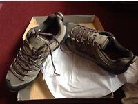 New regatta walking shoes size 10