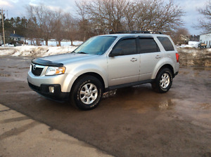 LIKE NEW CONDITION!!!!2010 Mazda Tribute V6 4WD!!!!