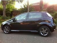2010 10 PLATE FIAT PUNTO 1.4 EVO NEW SHAPE BLACK LOW MILEAGE