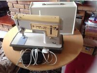 Singer sewing machine for sale £25