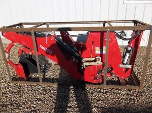 BRAND NEW 3 POINT HITCH BACKHOE ATTATCHMENT FOR TRACTOR
