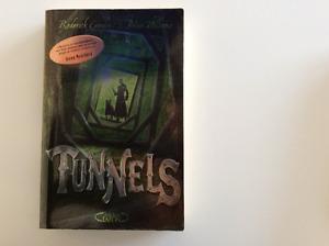 Tunnels (2 tomes) - éditeur d'Harry Potter