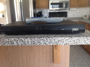 BELL SATELLITE RECEIVER #3100,new condition & off contract $100