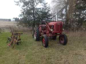 1949 Farmall Super A tractor West Island Greater Montréal image 5