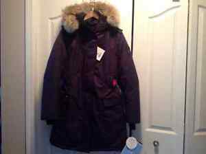 NOBIS The Abby Parka for sale ALL TAGS ATTACHED Edmonton Edmonton Area image 5