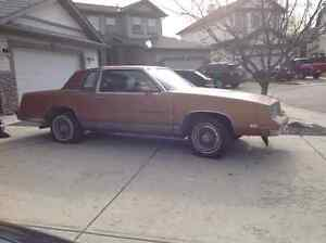 1982 Oldsmobile Cutlass Supreme Brougham Coupe (2 door)