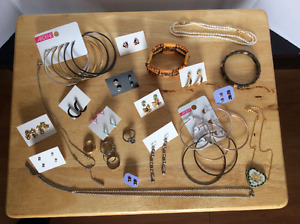 Assorted costume jewellery package – featuring Ardene and Avon!