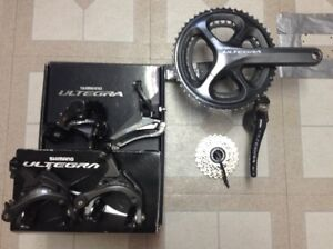 NEW Ultegra 6800 groupset. Excellent condition! Many parts: