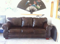 Brown leather Couch Three-tone, 85% lower from retail price