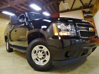 Miniature 6 Voiture Américaine d'occasion Chevrolet Suburban 2011